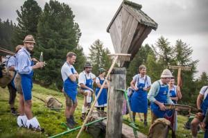 Ohne Wein gehen die Südtiroler nicht auf den  Berg – der Sylvaner schmeckt auch schon um  Sieben in der Früh, Foto Annelies Leitner
