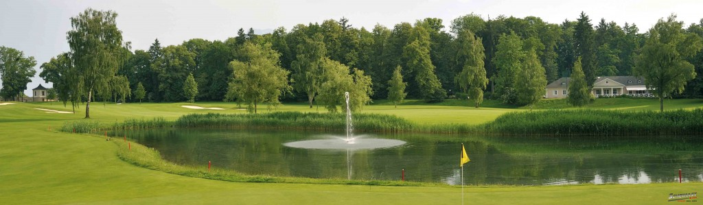 Idyllisch gelegen Inmitten eines herrlichen Parks des von Fischer von Erlach erbauten Barockschlosses Klessheim liegt der Golf & Country Club Salzburg