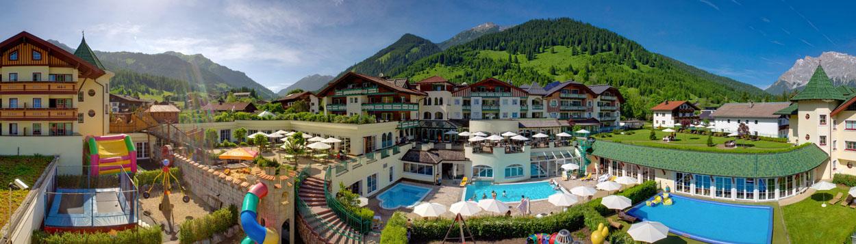 aussenansicht_hotel_alpenrose_leading_family_hotel_resort_alpenrose