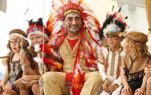 KLein-Kinder Indianer1