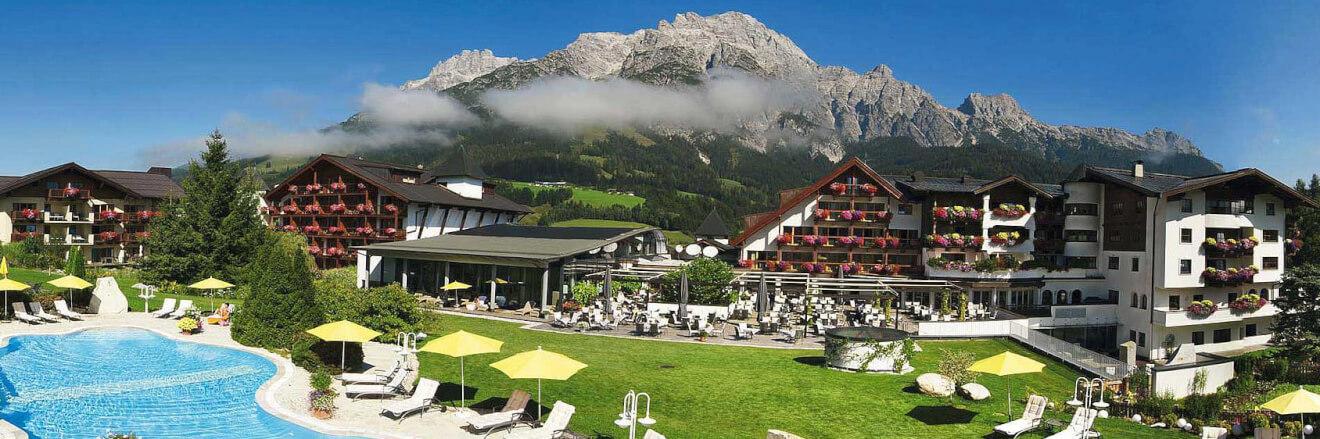 Ein perfekter Ort, um die Seele baumeln zu lassen: Das Wellness-Hotel Krallerhof in Leogang (Salzburg)